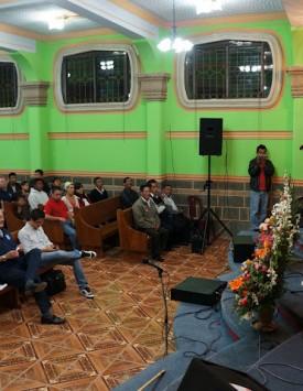 Guatemala Worship 2